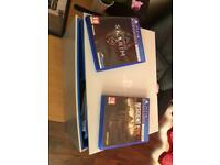 PlayStation VR & 3 games boxed, hardly used