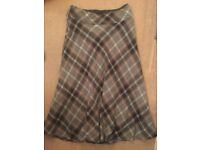 CHECKED MARKS & SPENCER SKIRT