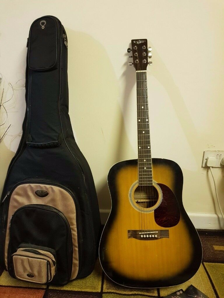 Countryman Acoustic Guitar with CNB Padded bag and 2 tension strings packet