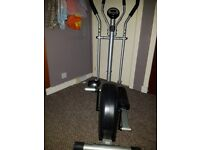 Great cross trainer, as new