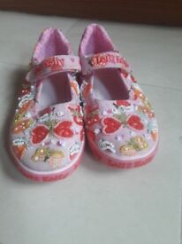 Lelli kellie shoes size 12