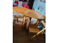 Drop-Leaf Table with 4 Chairs