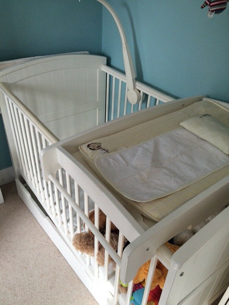White Mamas & Papas Cot with Changing Table & Drawer