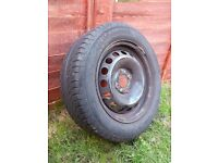 4 Fiat Punto Steel Wheels with Semperit Tyre185/60 R14 82H