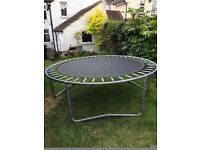 8ft circular trampoline