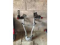 Thule two bar 4 bike rack