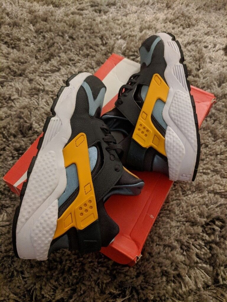 new style eaeab 3c375 Nike Air Huarache Teal Orange Catalina