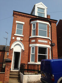 2 double rooms available £300-£320 NO DEPOSIT!! shared house