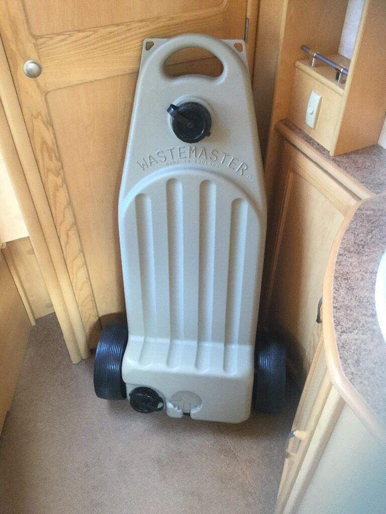 Aqua Roll WasteMaster and Water barrel £45.00 ono