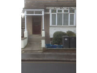 1 Bedroom Flat, Unfurnished. Great Location 10 Mins walk from South Croydon train station