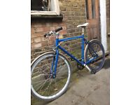 """Bycicle Fixie """"no logo"""" with abus D lock & cable"""