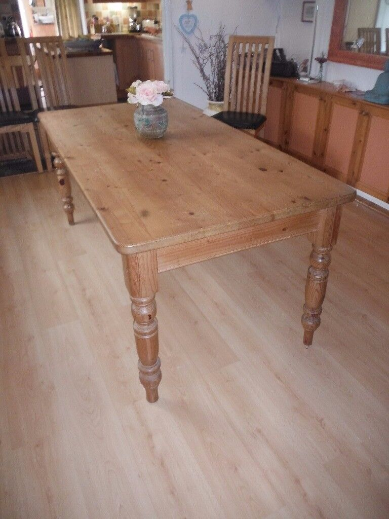 Dining table - solid pine - Farmhouse style.