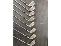 Titleist DCI 990 irons (golf clubs)