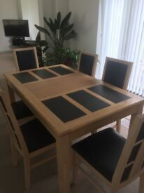 Dining Room Table and Six Chairs Excellent Condition