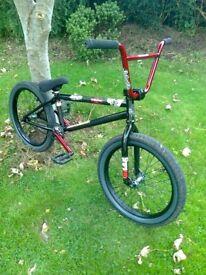 BIKE -- MY PRO LEVEL - WETHEPEOPLE -TRUST -- VERY COOL BMX - NEAR NEW !