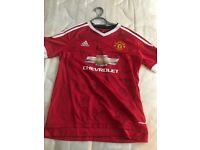 Full team signed Manchester United top