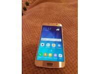 Samsung Galaxy S6 Gold ,32Gb, Unlocked to all networks, Used in Excellent Condition