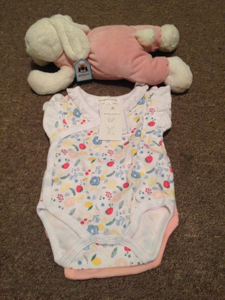 Baby girl gift *excellent bargain*
