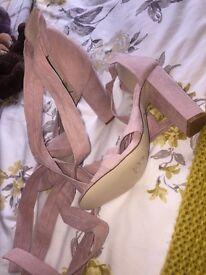 High heels size 6