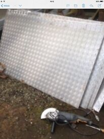 Aluminium checker plate 5bar sheeting various sizes mostly 1780mmx980mm 3mm thick, good condition