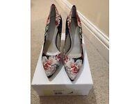 Karen Millen shoes, brand new size 6.5