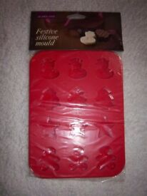 New Lakeland Festive Christmas Silicone Mould IP1