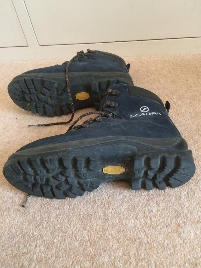 Mountaineering boots ( scarpa) size 44