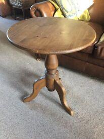 Waxed pine pedestal lamp table