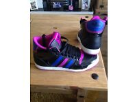 Size 6 adidas women's trainers