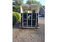 Cheval Liberte XL lightweight double horse trailer