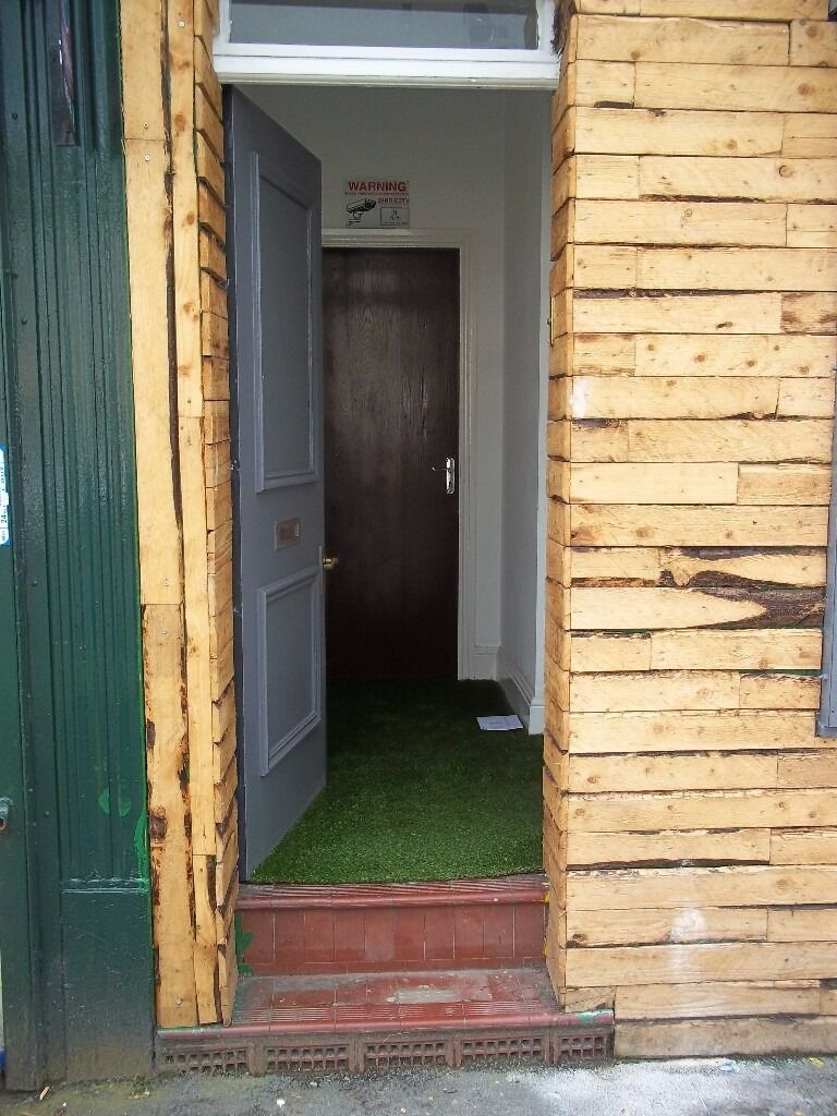 133a Manchester Road, 1 bed flat