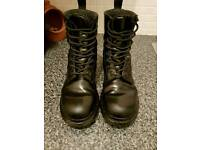 Dr Martens 1460 Black Mono 8-Eye Boots size UK5