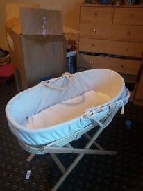 Baby sleeping basket