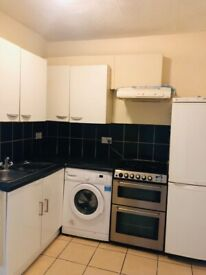 1/2 Bedroom Ground Floor Flat to Let on Oxford Road off Ilford Lane IG1 2XG