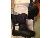 TRESPASS (KUKUN DODO) kids waterproof winter snow boots, lined, navy blue, size 35