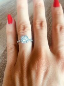 Hearts on Fire diamond platinum engagement ring size L