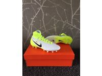 Brand new kids Nike football boots