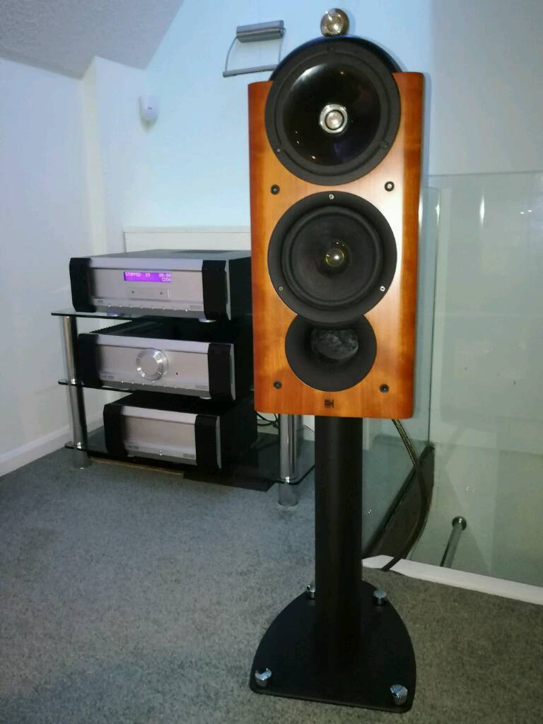 Kef 201 reference speakers in cherry.