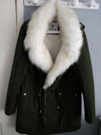 Ladies Coat (Size 12) In Excellent Condition