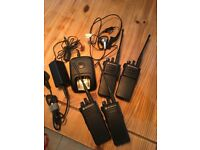 Motorola dp4400 dp4400e walkie talkies x4 with charger