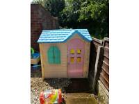 Little tikes play house Wendy house