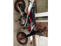 Stomp mrf 140 pitbike 2017 model I have no credit or text add my face book Thomas price new