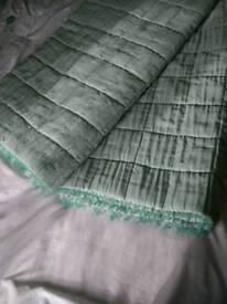 Laura Ashley Mia Bedspread and matching cushions