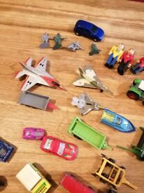Bundle of cars, aeroplanes, agricultural equipment and other bits.