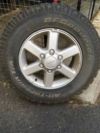 4 wheel rims and tyres town and country Izuzu