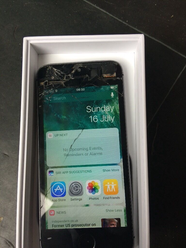 iPhone 5s smashed screen still useablein Chelmsley Wood, West MidlandsGumtree - iPhone 5s cracked screen at top as seen on pictures still working order Scratched on back £45 B376pp