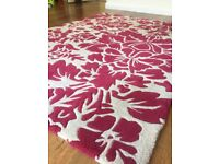 Marks and Spencer 100% wool rug excellent condition 120 x 170cm