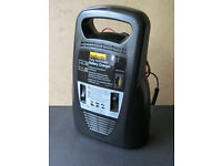 Halfords Fully Automatic Battery Charger / Car / Motorbike - Ascot