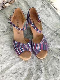 Used size 7 firetrap wedges