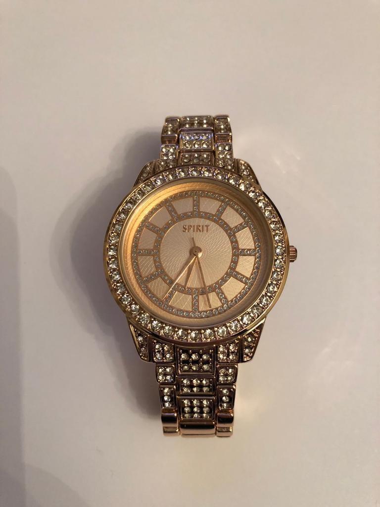 Spirit Watch Sparkly Comes In Original Box In Chesterfield